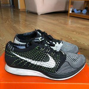 Size 8 Nike Flyknit Racers